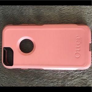Accessories - Pink iPhone 6/7 Otter Box